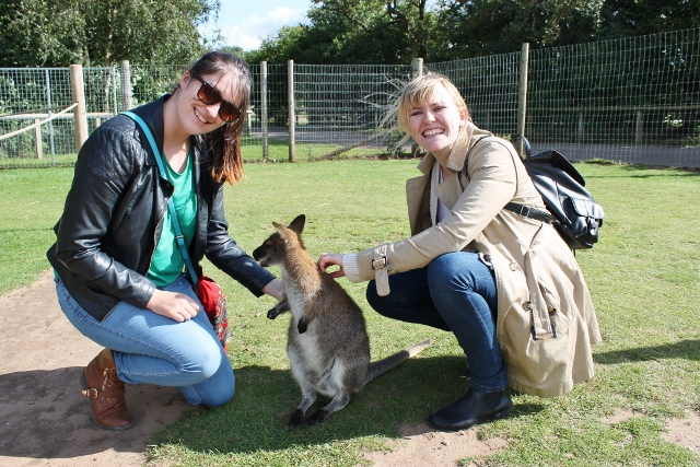 Katy, Shvonne and our friend the wallaby