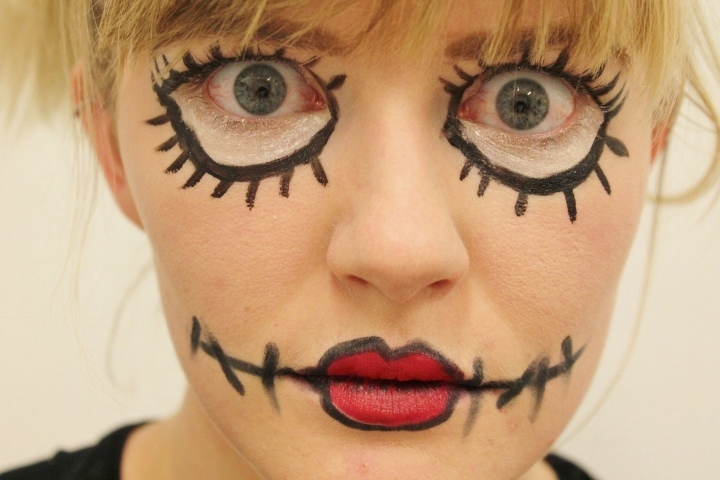 my easy rag doll halloween makeup tutorial. Black Bedroom Furniture Sets. Home Design Ideas