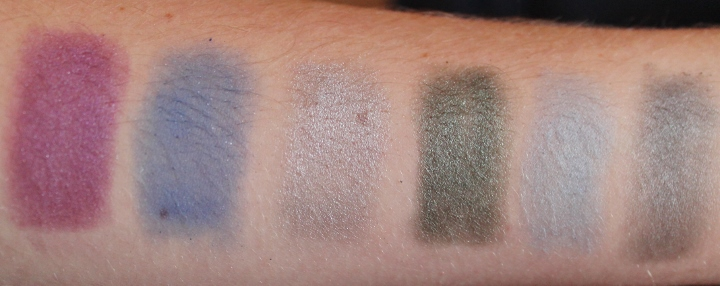 Makeup Revolution Ultimate Eyeshadow Palette swatch