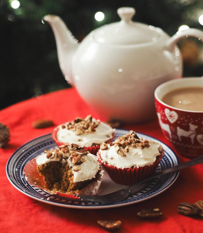 festive carrot cupcakes