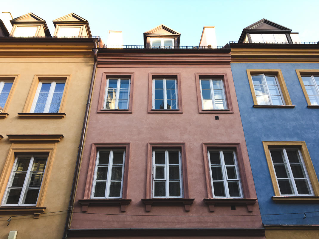 warsaw colorful houses