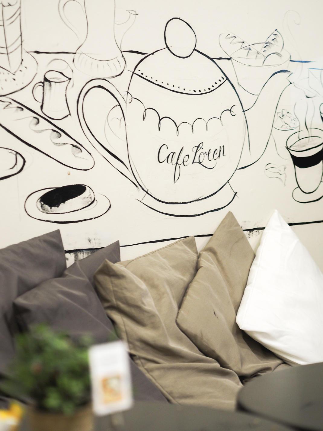 cafe loren camden market