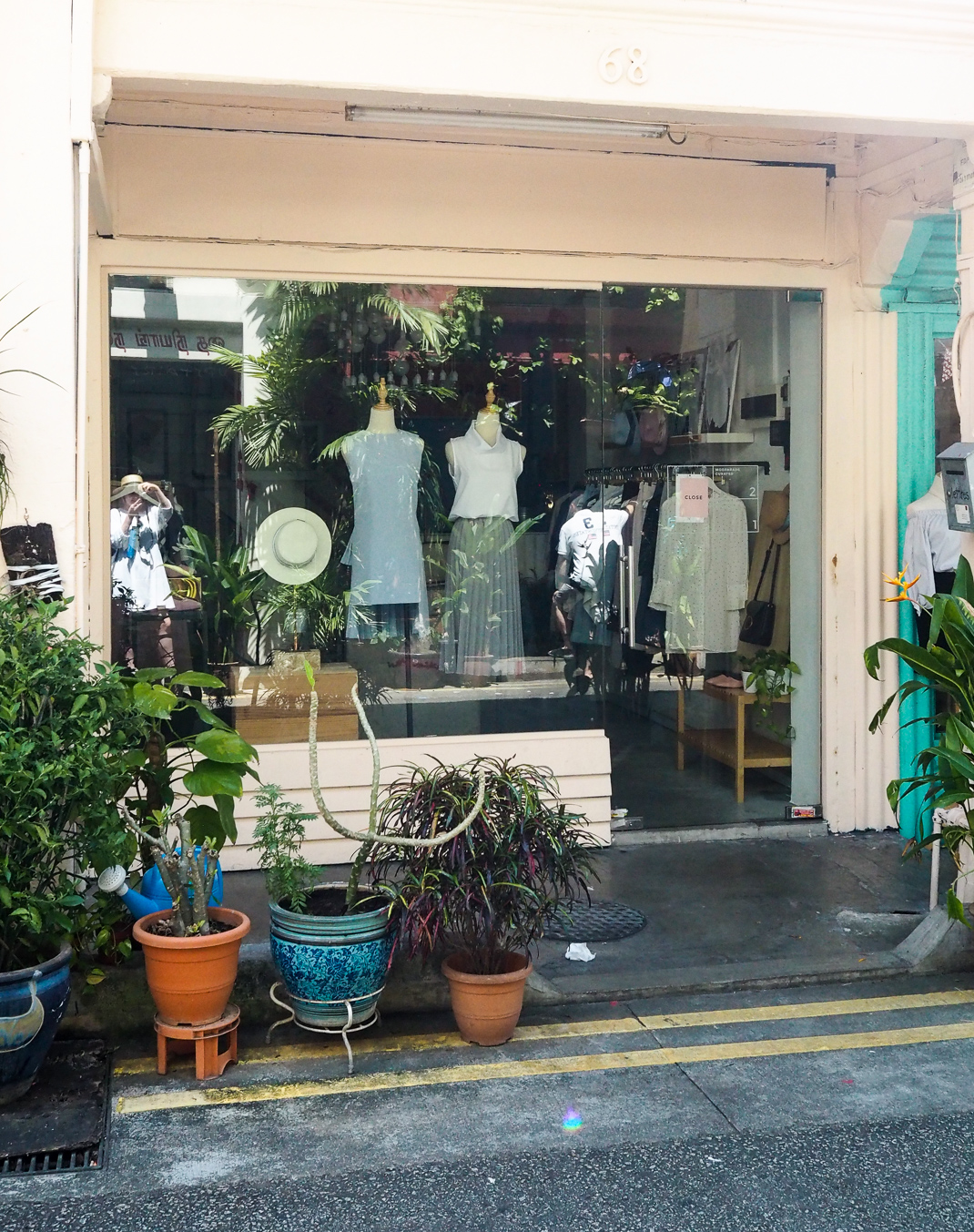 vintage shops haji lane