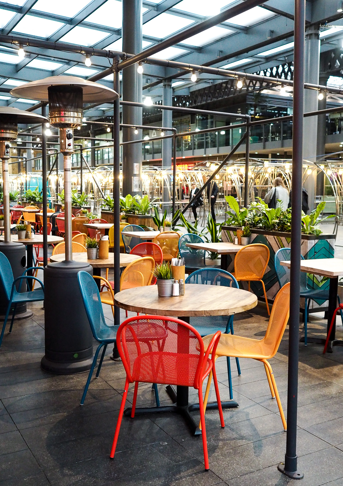 giraffe spitalfields restaurant