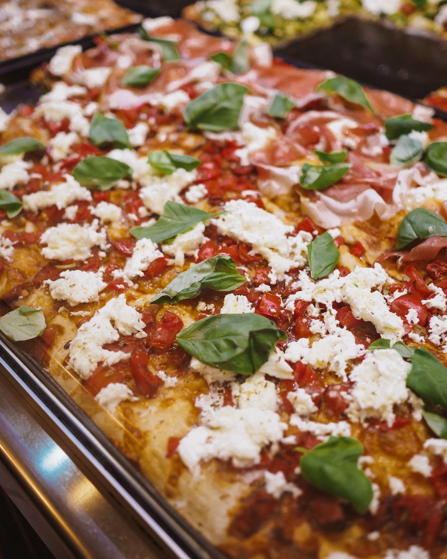 pizza in rome
