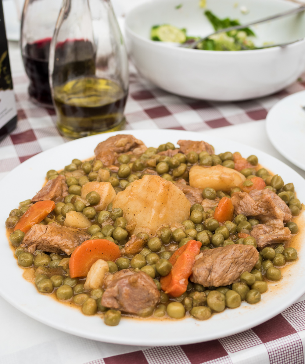 cypriot pea and lamb stew