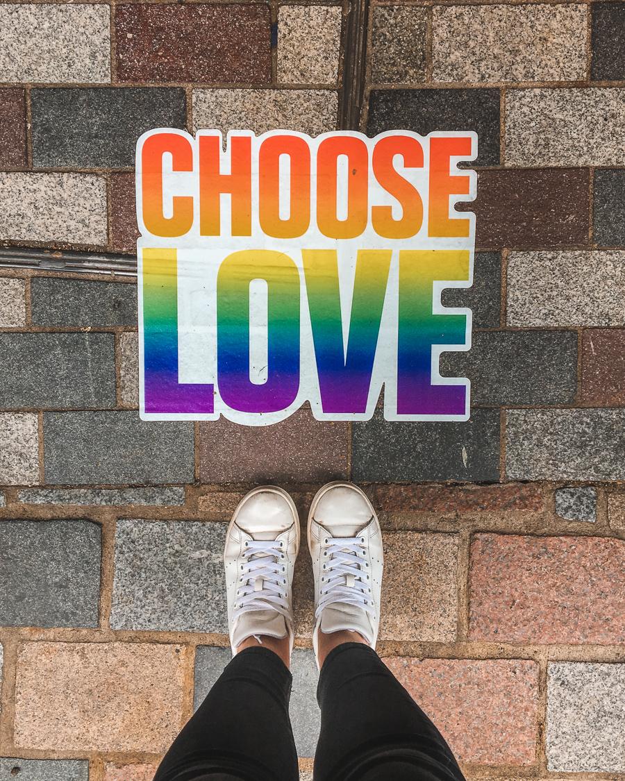 Choose Love popup shop