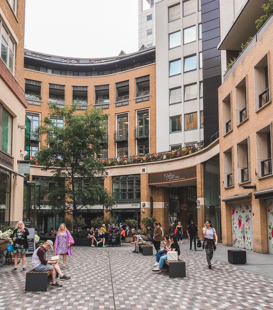 St Martin's Courtyard and Mercer Walk