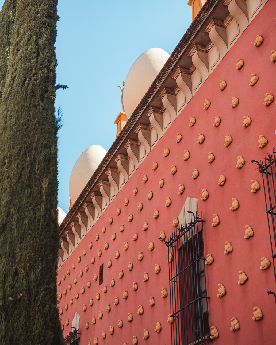 Dalí Theatre-Museum in Figueres