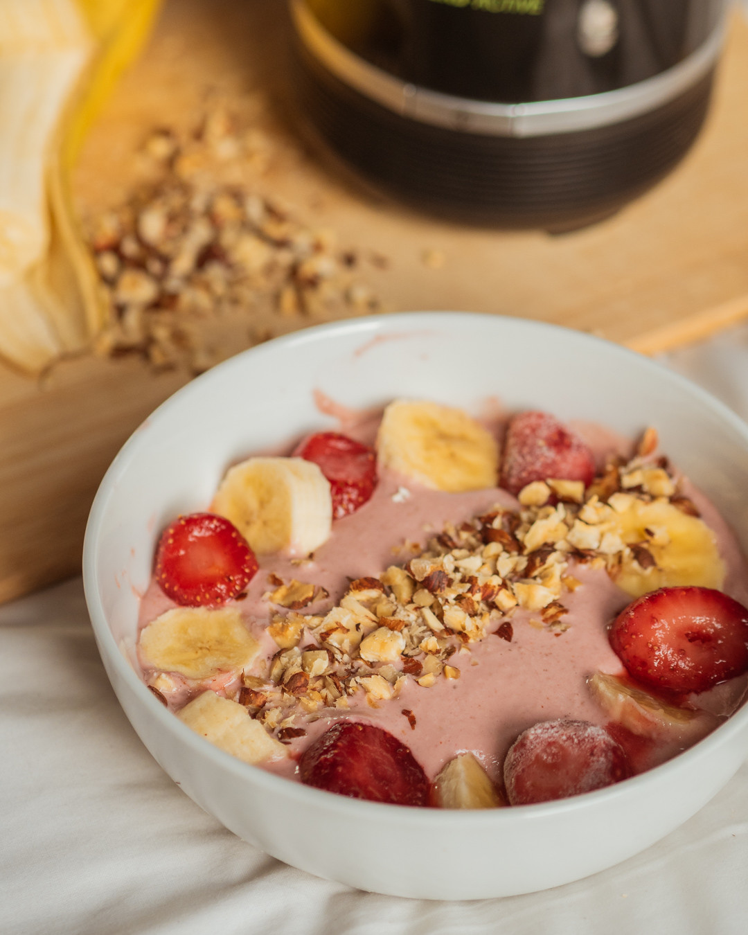 Ad Strawberry Banana And Peanut Butter Smoothie Bowl
